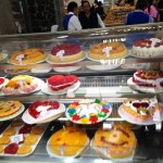Mexicans love jelly cakes.
